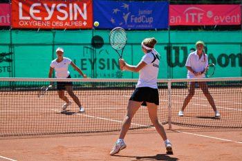 Utdanning i Montreux byr på flere aktiviteter og badminton er dessidert en av de!